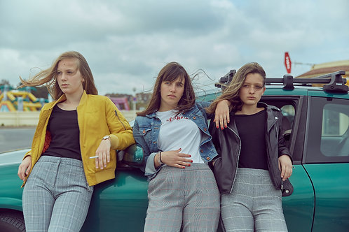 Girls band with a car