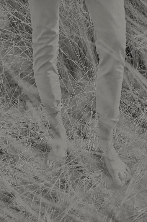 Feet in the wild herbs