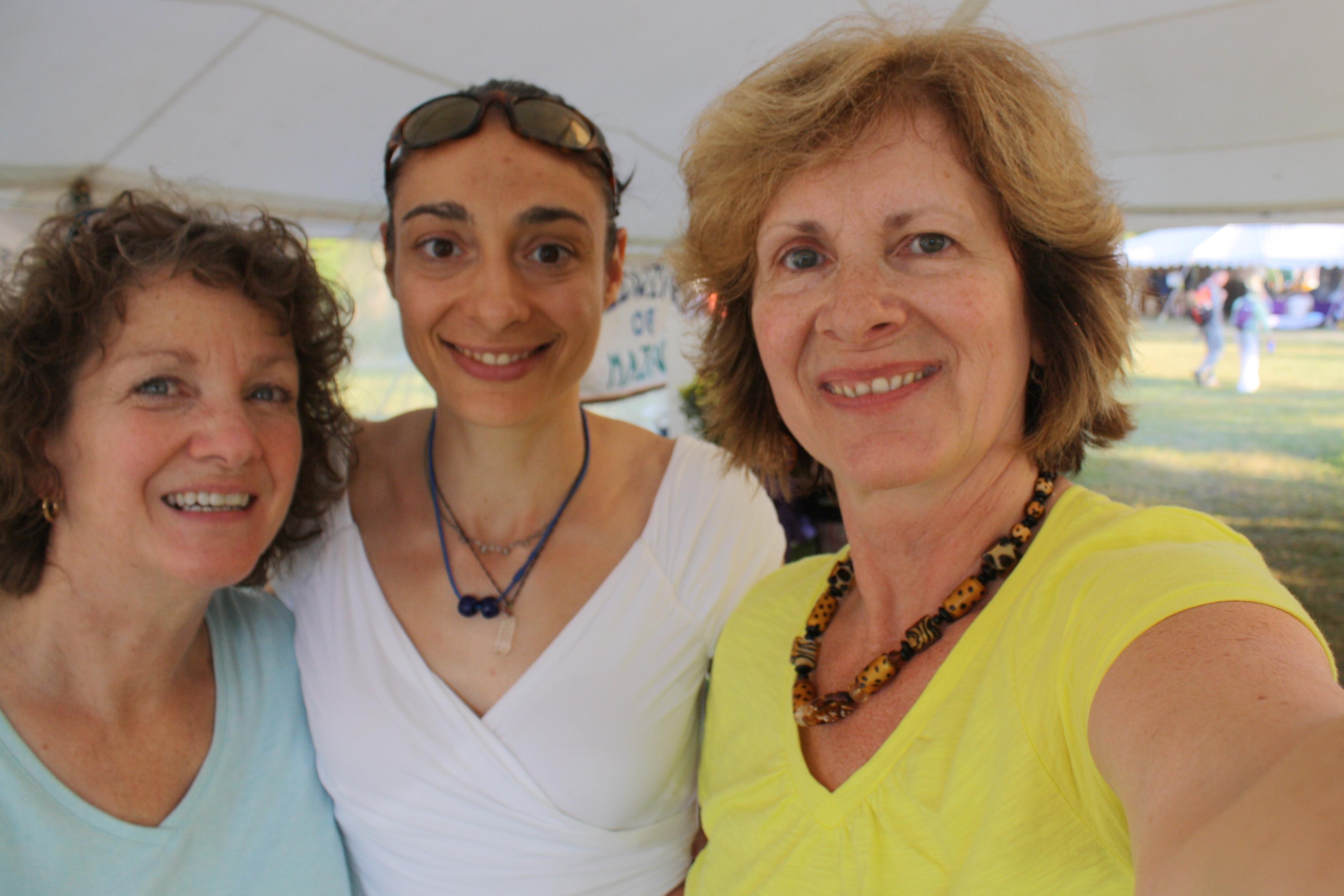 Cindy, Mary & Sylvie