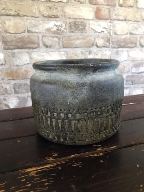 Concrete Bowl Totem detail
