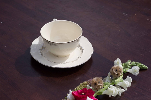 Grand Collection Teacup