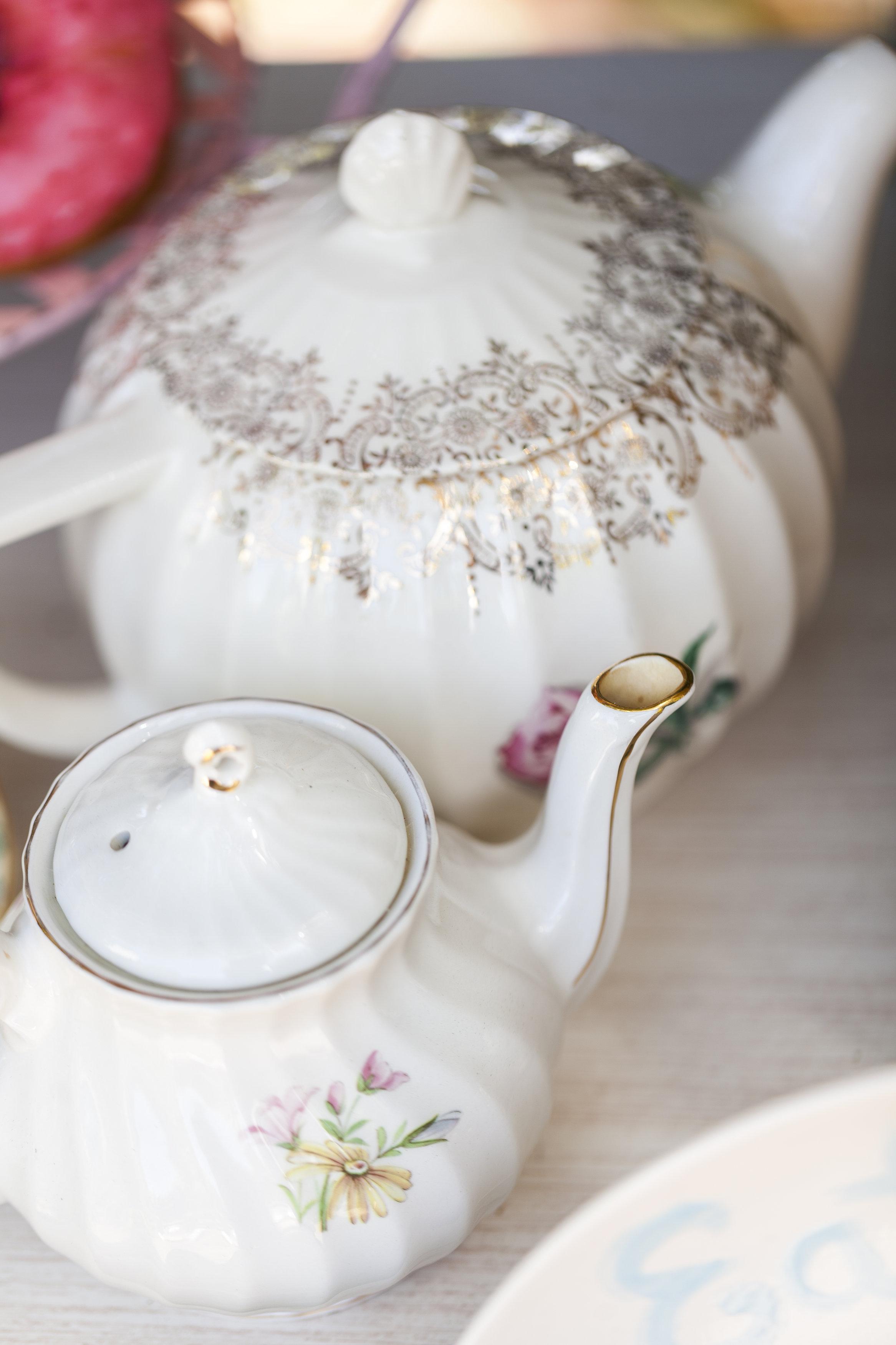 Rent Vintage Teapots