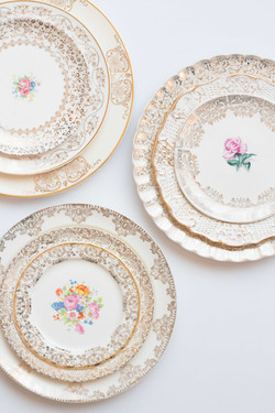 Vintage Gold Plates for Wedding