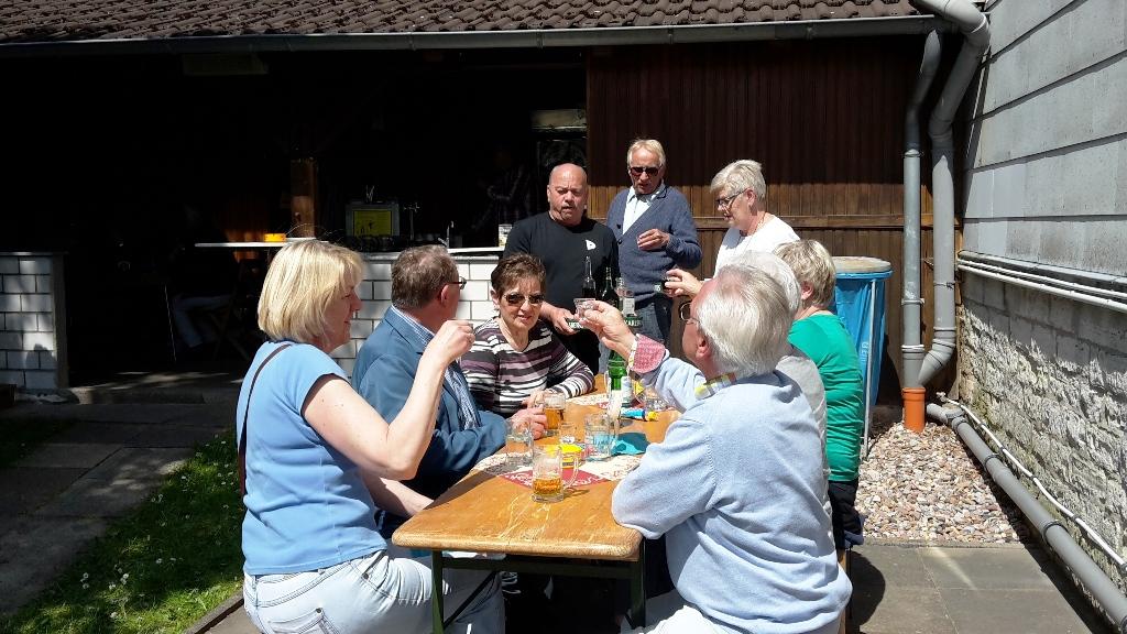 2016-05-05 bei Ralf im Garten