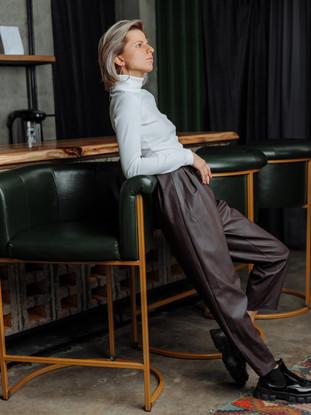 брюки из эко-кожи