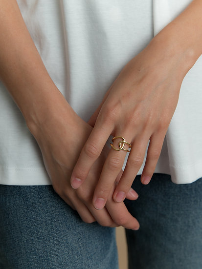 Безразмерное кольцо с позолотой
