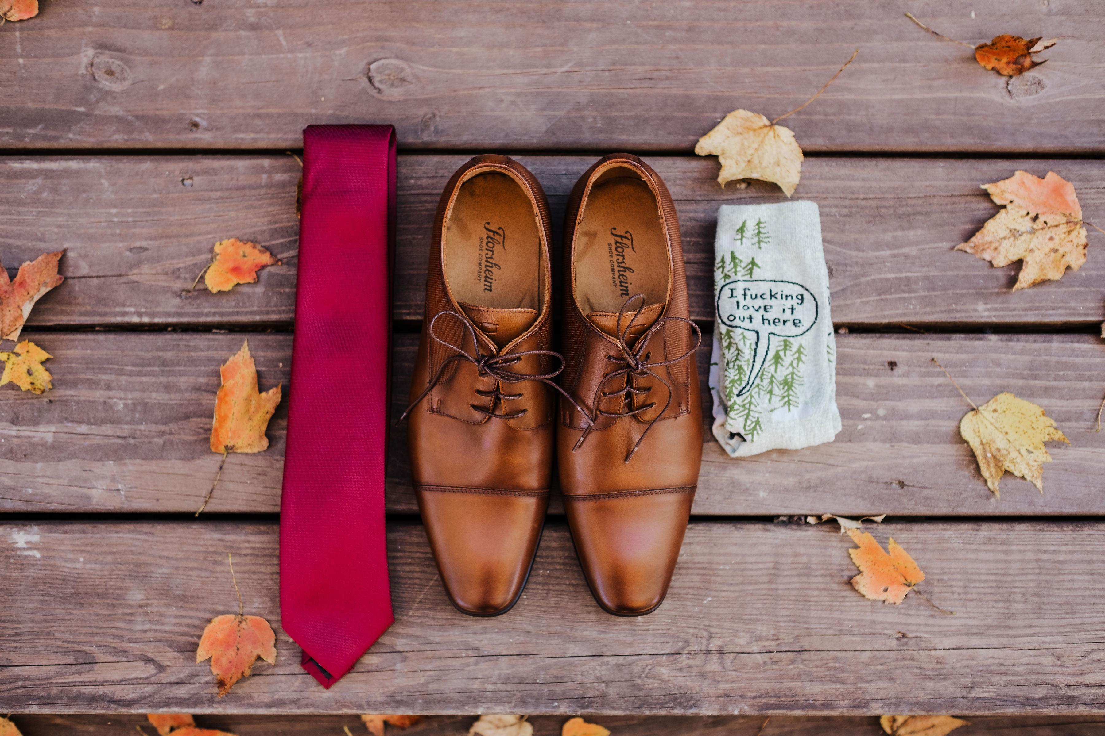 groom shoes, groom tie, groom socks