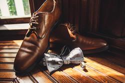 groom wedding details photos