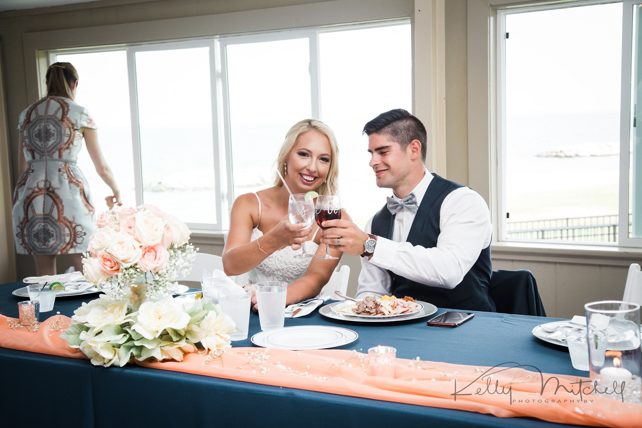 bride and groom toast, wedding reception toast, his and hers wedding signautre cocktails
