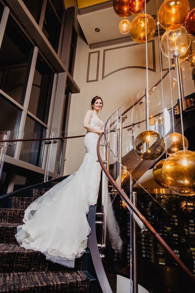 city club raleigh wedding venue, reception hall, unique wedding venue, wedding bride, chandelier