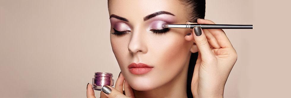 makeup-detail-beauty-girl D.jpg