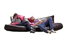 Chiller sofa white screen 1