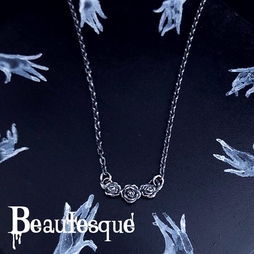 ≪Beautesque≫Rose necklace