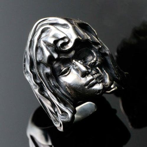 Memento Mori Maria Ring