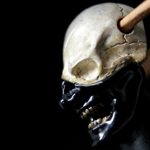 Skull samurai pendant Black