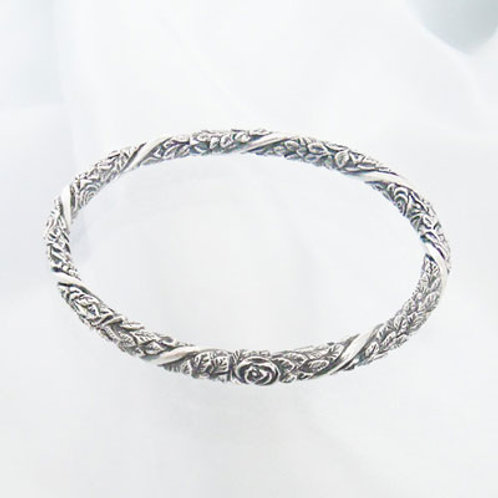 Spiral Huayuan Bangle