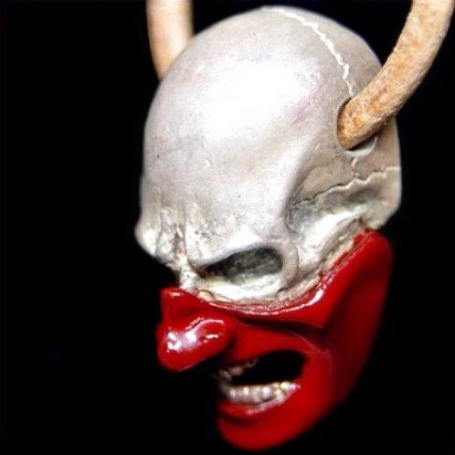Skull samurai pendant Red
