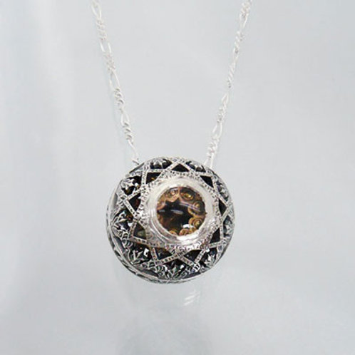All-knowing eye Pendant