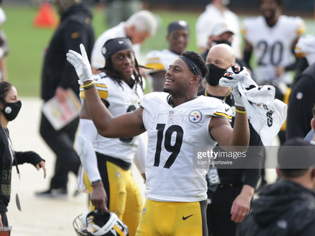 JuJu Smith-Schuster has been training with Celebrity Personal Trainer Corey Calliet in the Offseason