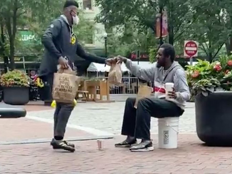 JuJu buys a Meal for Pittsburgher in Need