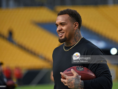 Maurkice Pouncey is making a difference in the community by donating $50,000 dollars to Charities