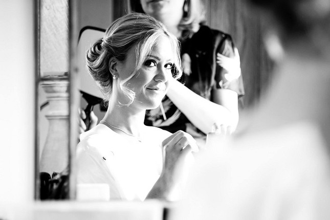 Berkshire Bridal Hair & Makeup Artist | Mobile Wedding Makeup & Hair Artist | Elle Au Naturel Hair & Make Up Berkshire, Hampshire, Buckinghamshire, London & Beyond