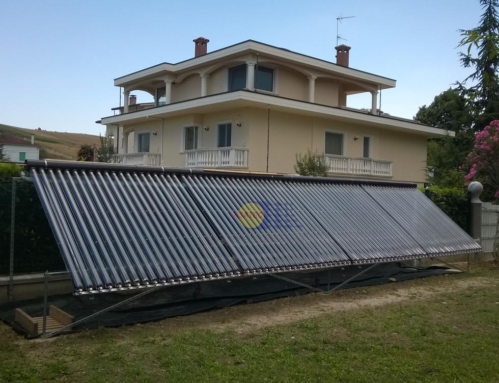 Solare termico - Collettore a tubi sottovuoto