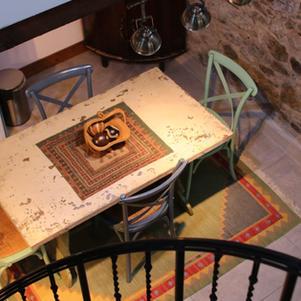 Hillside Lodge - Dining Area