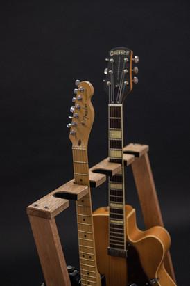 Guitarsbytheway42.jpg