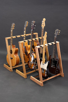Guitarsbytheway12.jpg
