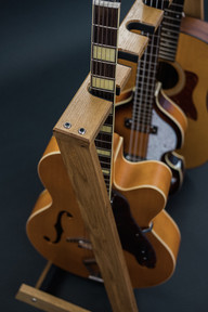 Guitarsbytheway60.jpg