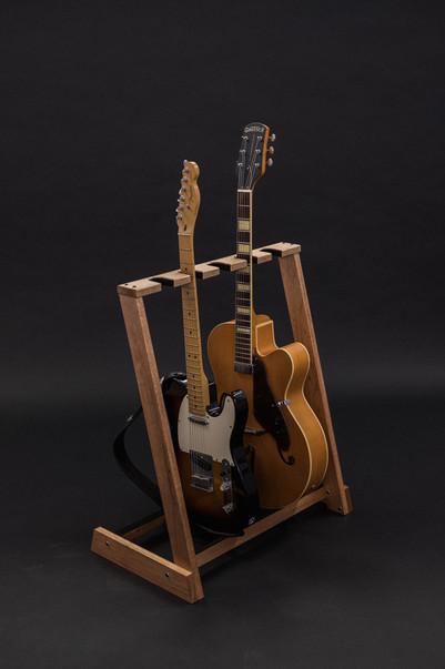 Guitarsbytheway36.jpg