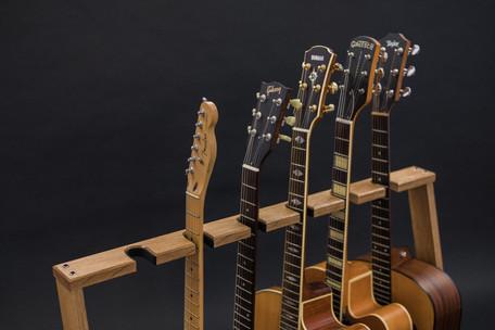Guitarsbytheway75.jpg