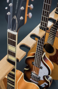 Guitarsbytheway61.jpg