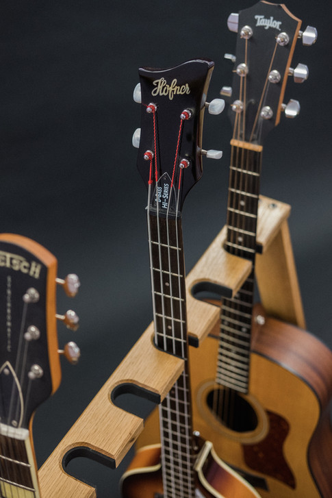 Guitarsbytheway65.jpg