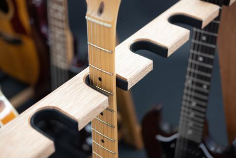 Guitarsbytheway13.jpg