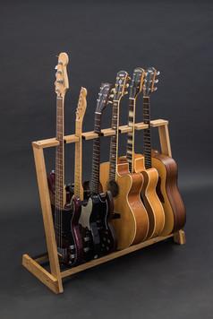 Guitarsbytheway21.jpg