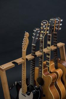 Guitarsbytheway74.jpg