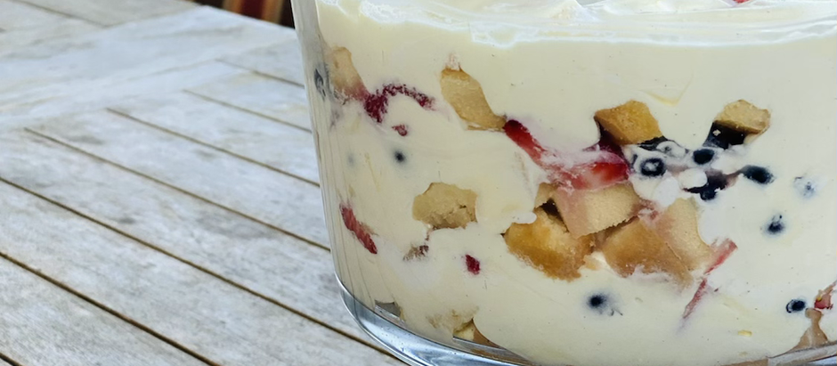 Fruit trifle ( the easy way)