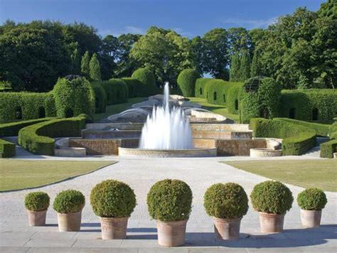 alnwick gardens.jpg