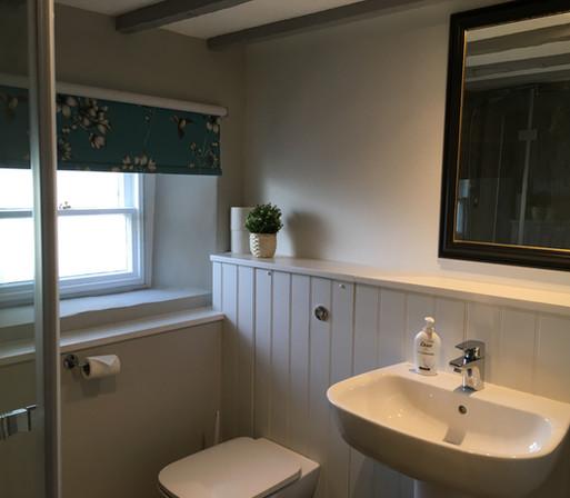 35 Shower Room.jpg