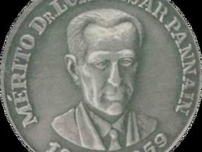 """AGRACIADOS COM MEDALHA E DIPLOMA DE HONRA AO MÉRITO PROFISSIONAL """"DR. LUIZ CÉSAR PANNAIN"""""""