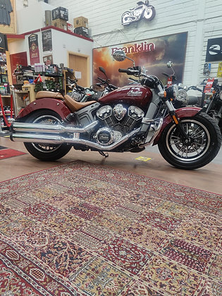 Indian Scout 2018 Indian Red  - 8000kms