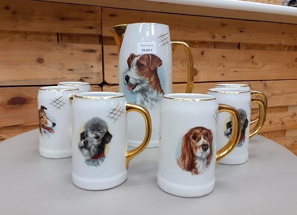Juego de tazas grandes y jarra de porcelana