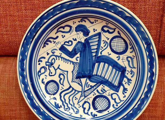 Plato decorativo estilo medieval
