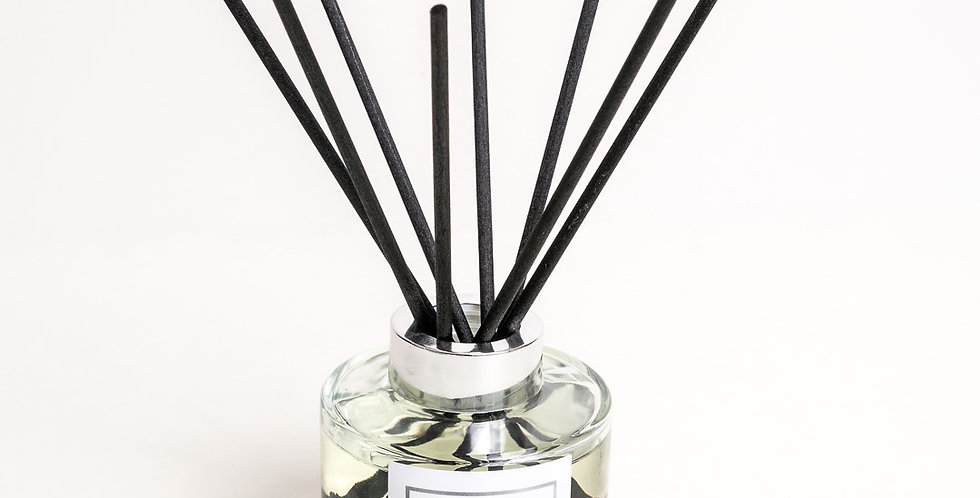 Strawberry and Rhubarb - Classic Reed Diffuser