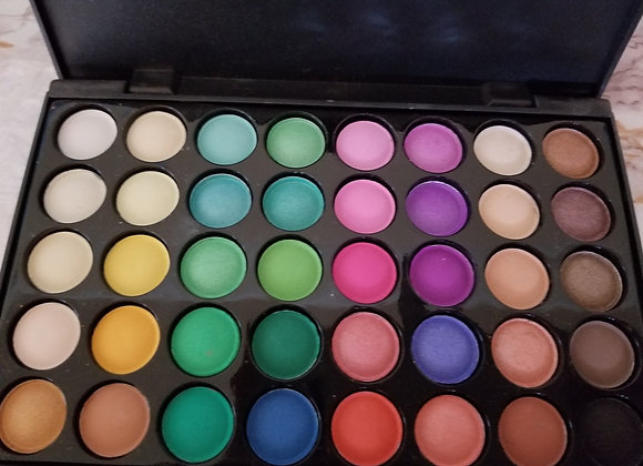 Colorful Eye Shadow Pallette