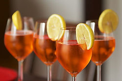 aperol-spritz-lemon-cocktail-thumbnail.j
