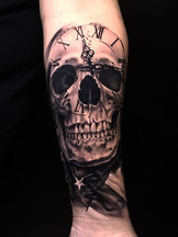 🇺🇸💀 Skull watch and USA flag. Is beau