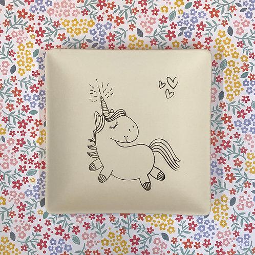 Square coloring book plate -unicorn